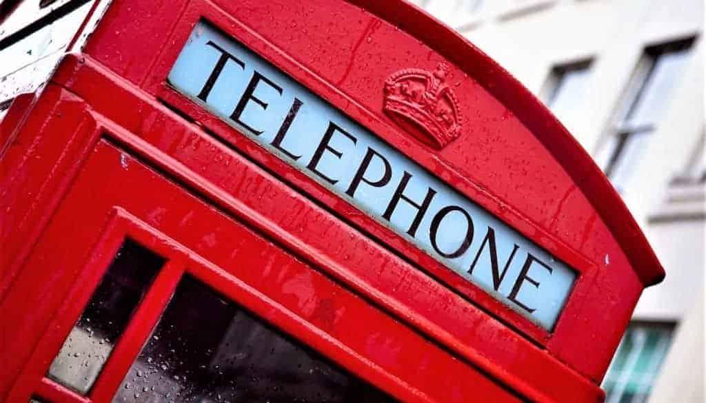 telephone 1055044_1920