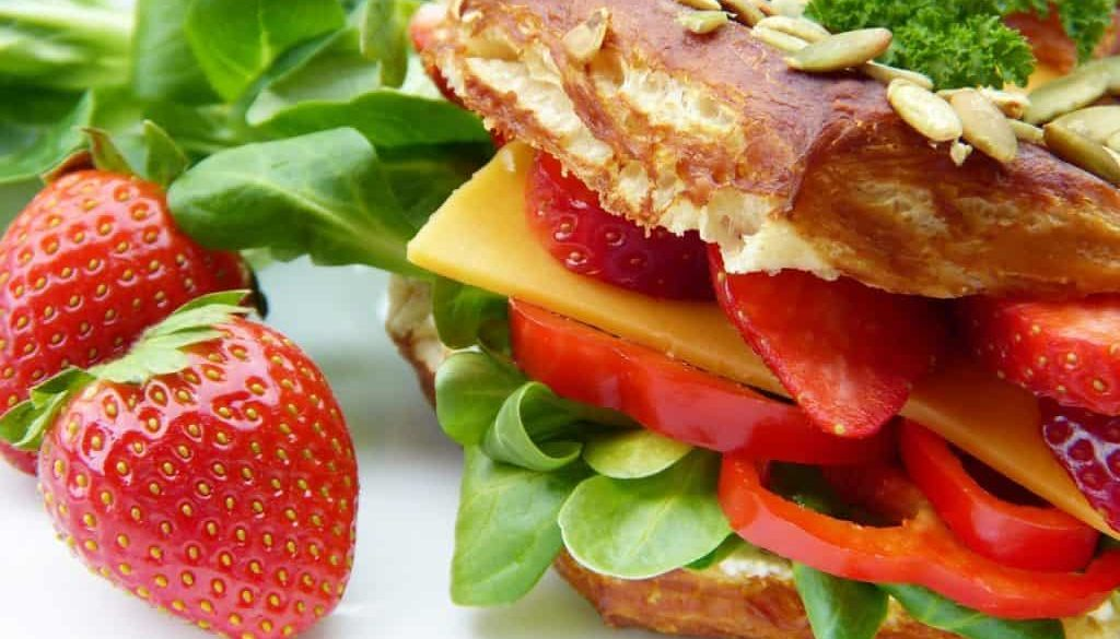 sandwich-4112566_1280